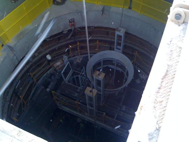 24-foot diameter mineshaft at Pumpkin Hollow